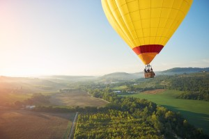 celebrity_TH89828_balloons_tuscany_flare(1)